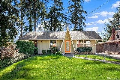 Lynnwood Single Family Home For Sale: 1906 198th Place SW