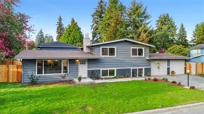 Shoreline Single Family Home For Sale: 2104 N 154th St
