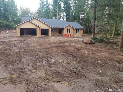 Thurston County Single Family Home For Sale: 14822 Rocky Blue Lane SE