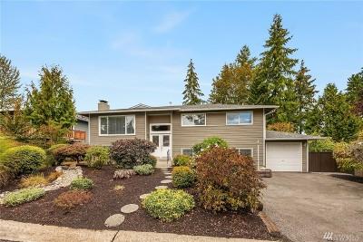 Redmond Single Family Home For Sale: 14220 NE 75th St