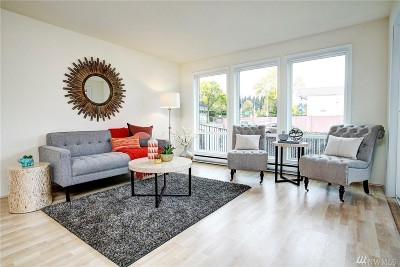 Seattle Condo/Townhouse For Sale: 12501 17th Ave NE #G