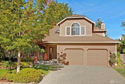 Issaquah Single Family Home For Sale: 3910 240th Place SE