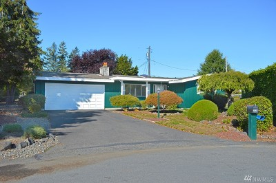Tacoma Single Family Home For Sale: 1233 137th St S