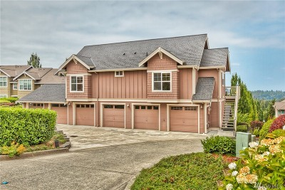 Issaquah Condo/Townhouse For Sale: 1917 17th Place NE