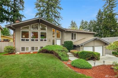 Kirkland Single Family Home For Sale: 9212 NE 141st St