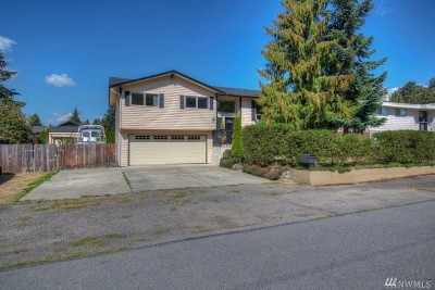 Renton Single Family Home For Sale: 3926 SE 11th St