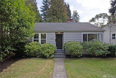 Seattle Single Family Home For Sale: 7716 32nd Ave NE