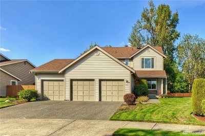 Buckley Single Family Home For Sale: 758 Ashley Ct
