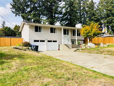 Thurston County Single Family Home For Sale: 2703 Greenlawn St SE