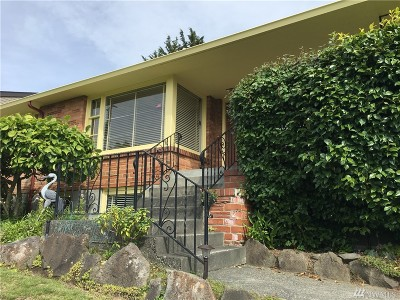 Seattle Single Family Home For Sale: 3626 43rd Ave W