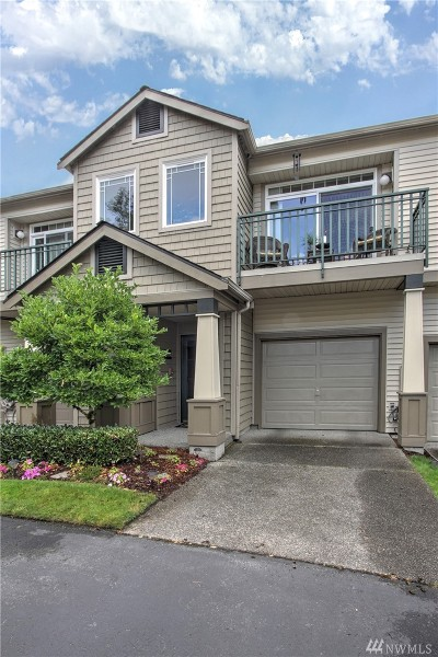 Issaquah Condo/Townhouse For Sale: 4488 248th Lane SE