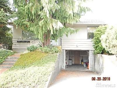Everett Multi Family Home For Sale: 3214 Rockefeller Ave
