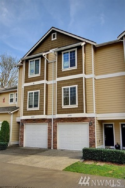 Bothell Single Family Home For Sale: 21531 11th Ct SE