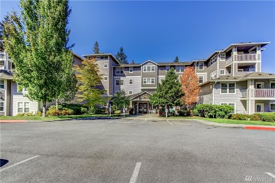 Issaquah Condo/Townhouse For Sale: 4535 Providence Point Place SE #303