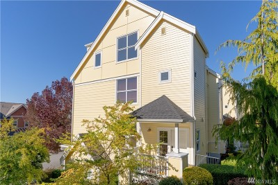 Issaquah Condo/Townhouse For Sale: 1920 18th Ave NE #B