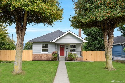 Everett Single Family Home For Sale: 2211 Cleveland Ave