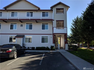 Lynnwood Condo/Townhouse For Sale: 14821 29th Ave W #K202