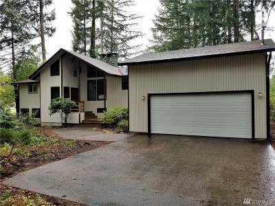 Shelton Single Family Home For Sale: 2180 E Island Lake Dr