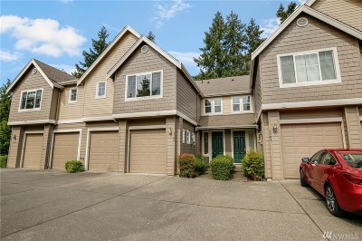 Renton Condo/Townhouse For Sale: 3904 NE 4th Cir
