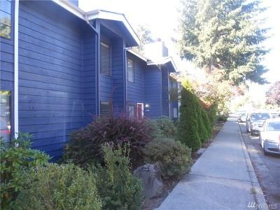 Everett Condo/Townhouse For Sale: 8408 18th Ave W #8-105