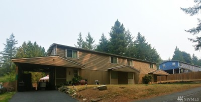 Bremerton Multi Family Home For Sale: 5730 Tracyton Blvd NW
