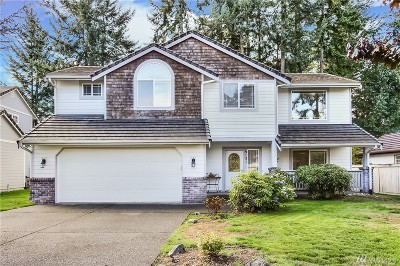 Thurston County Single Family Home For Sale: 9131 Lewis Dr NE