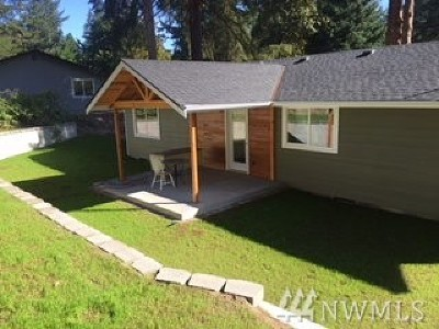 Port Orchard Single Family Home For Sale: 11594 Elder Ave