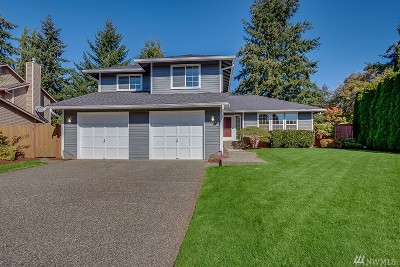 Bothell Single Family Home For Sale: 3327 208th Place SE