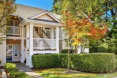 Bothell Condo/Townhouse For Sale: 12113 NE 172nd Place #103H
