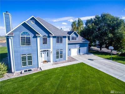Moses Lake Single Family Home Contingent: 731 Young Rd NE