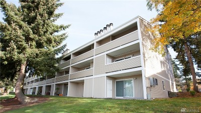Kirkland Condo/Townhouse For Sale: 12415 NE 130th Court #H 310