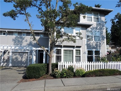 Issaquah Condo/Townhouse For Sale: 22465 SE Highland Terrace #B1