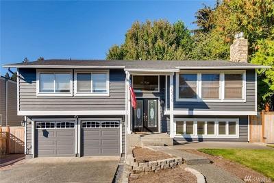 Kirkland Single Family Home For Sale: 10210 NE 143rd Place