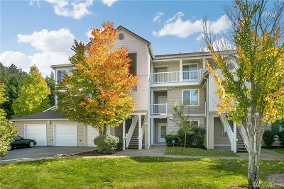 Bothell Condo/Townhouse For Sale: 2009 196th St SE #F102