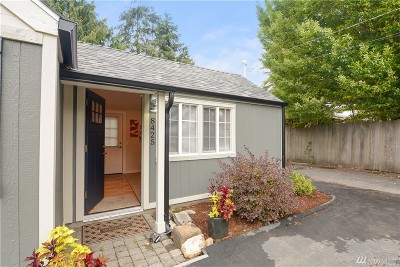 Edmonds Single Family Home For Sale: 8425 228th St SW