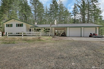 Port Orchard Single Family Home For Sale: 3950 SW Huckleberry Rd