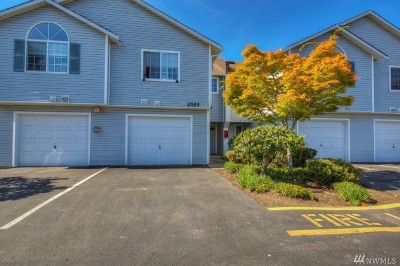 Federal Way Condo/Townhouse For Sale: 2525 S 288th St #3