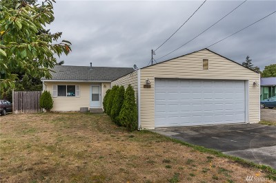 Oak Harbor Single Family Home For Sale: 1462 E Whidbey Ave