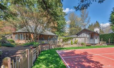 Kirkland Single Family Home For Sale: 12213 NE 100th St