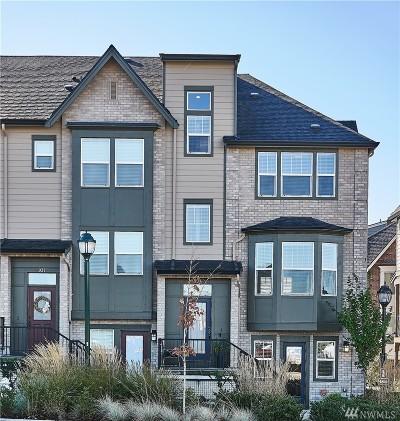 Issaquah Condo/Townhouse For Sale: 935 NE Ellis Dr