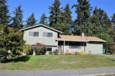 Mountlake Terrace Single Family Home For Sale: 6409 225th Place SW