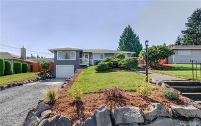 Everett Single Family Home For Sale: 1710 Bailey Ave