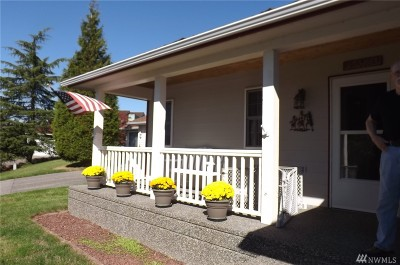 Birch Bay Single Family Home For Sale: 7902 W Golf Course Dr