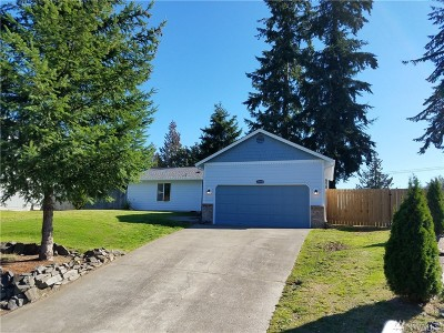 Bonney Lake Single Family Home Contingent: 20810 83rd St Ct E