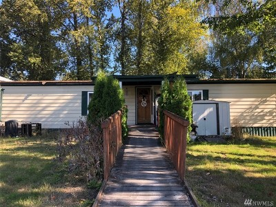 Lynnwood Single Family Home For Sale: 3129 201st Place SW