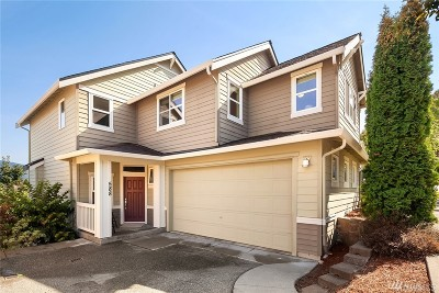 Issaquah Single Family Home For Sale: 588 Lingering Pine Dr NW