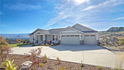 Wenatchee Single Family Home Contingent: 217 Burch Hollow Lane