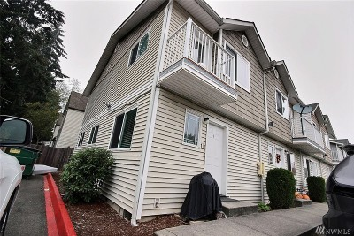 Lynnwood Condo/Townhouse For Sale: 3322 148th St SW #C-4