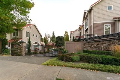 Bellevue Condo/Townhouse Contingent: 12721 SE 41st Place #319