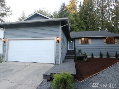 Bothell Single Family Home For Sale: 1705 174th Place SE